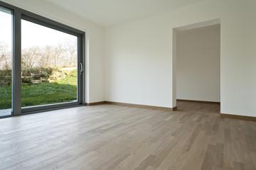interno di casa moderna vuota