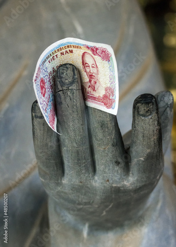 Vietnam Chua Bai Dinh Pagoda: Close up of Buddhist Philosopher's