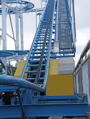 The Hauling Chain and Track on a Fast Fun Fair Ride.