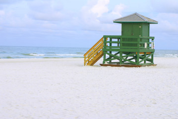Lifeguard Hut Green