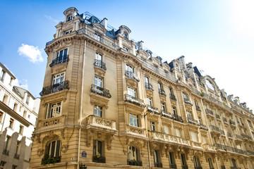 Altbau in Paris - Haus - Eckhaus