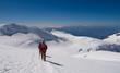 Cordate di alpinisti sul Monte Rosa
