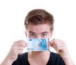 Teenager mit 20 Euro Schein