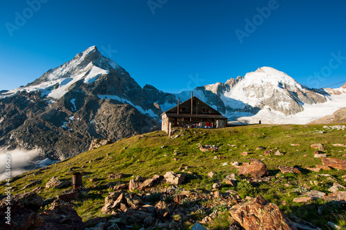 Panorama with Schoebiel SAC mountain hut and matterhorn