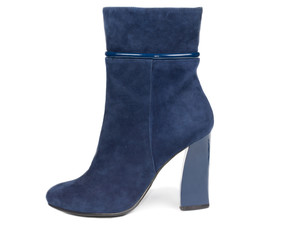 Blue suede female boot