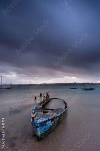 Barco de pesca naufragado