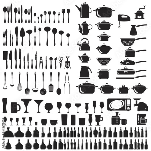 Set of cutlery icons. Vector illustration.
