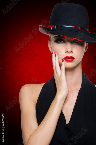 Beautiful glamour woman with bright sexy red lips