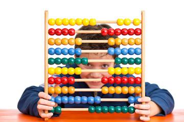 Freude am Mathe Unterricht - Schüler mit Rechenschieber