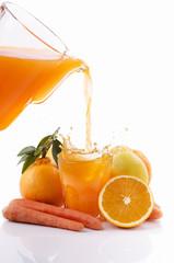 succo di arancia limone e carota