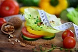 Fototapety Diät,Gemüse auf Vollkornbrot