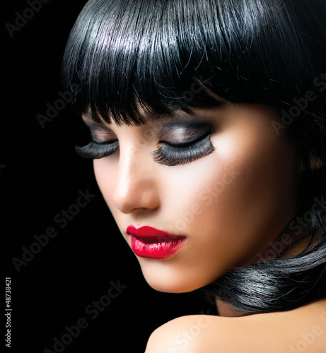 Fashion Brunette Girl Portrait close-up