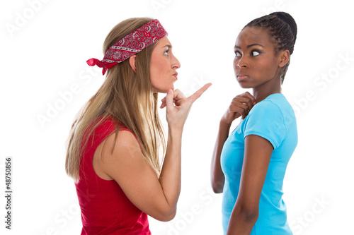 Zwei Frauen streiten - Streit unter Frauen