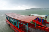 Fototapeta niebieski - łódź - Rzeka