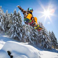 salto su neve fresca