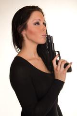 Agentin mit Pistolen