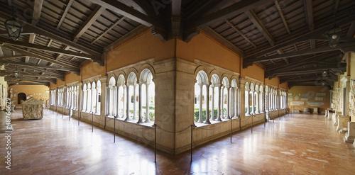 Cloître de l'église St Paul hors les murs