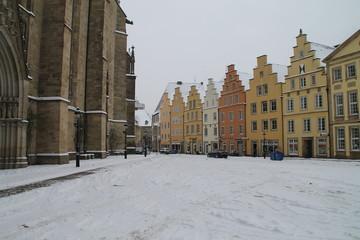 Rathausplatz im Schnee