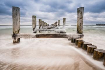 Buhne an der Ostseeküste bei Zingst.