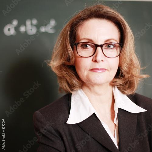 strenge Lehrerin