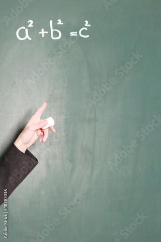 Lehrerin übt Mathematik