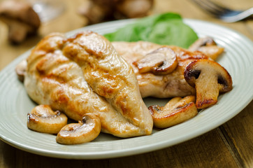 Grilled Chicken with Sauteed Mushrooms