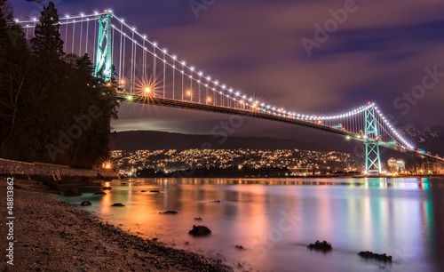 Foto op Canvas Canada Lions Gate Bridge in Vancouver at Night