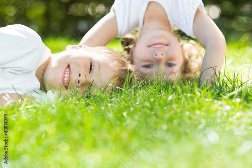 Leinwanddruck Bild Happy children playing