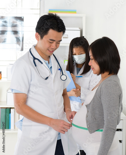 asian medical pregnancy check up