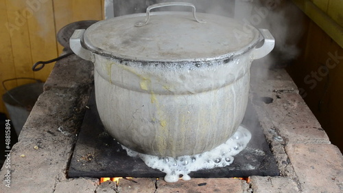 pot boil retro rural stove rise lid cover water flow out burn