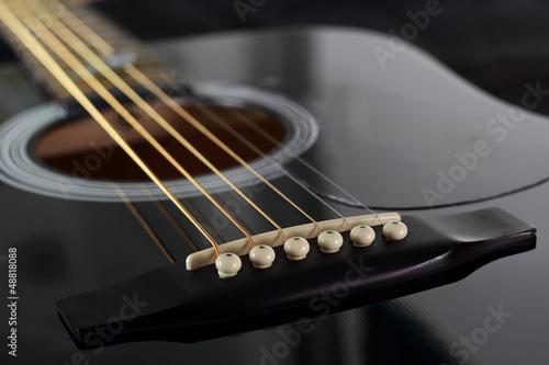 Chevalet de guitare acoustique © Lionel Le Jeune
