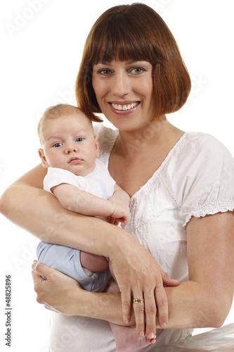 Glückliche Mutter mit Säugling