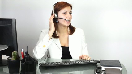 girl the operator in support