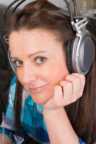 woman with earphones