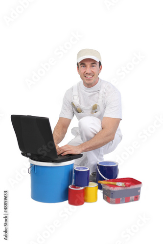 Decorator using the Internet