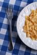 pasta italiana di grano duro e forchetta