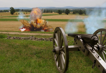 Civil War Cannon with Explosion