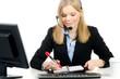 callcenter-mitarbeiterin spricht einen termin ab