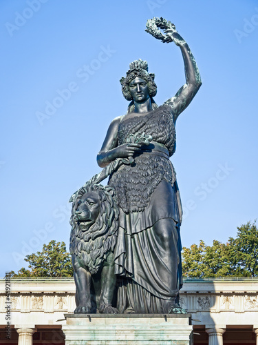 Leinwanddruck Bild statue of bavaria