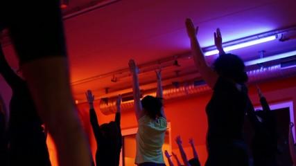 gruppo di danza durante lezione di pilates