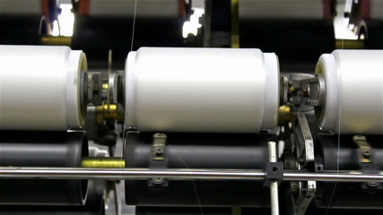 roller for spinning thread