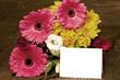 Bunter Blumengruß mit Karte