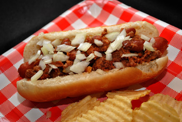Chili Dog with Chopped Onion
