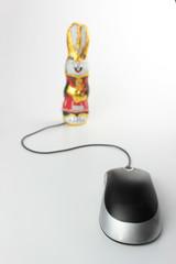 Computermaus mit Osterhase