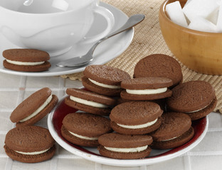 Cookies with creamy layer