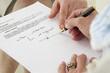 3em âge - Signature d'un contrat