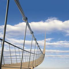 Hängebrücke in den Himmel 1