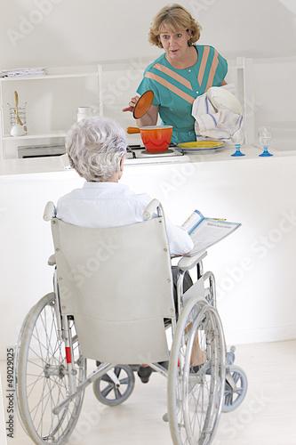 Aide ménagère - Heure du déjeuner