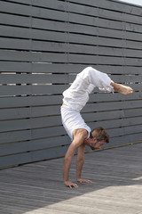 handstand exercises outdoors