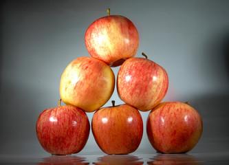 Manzanas en equilibrio